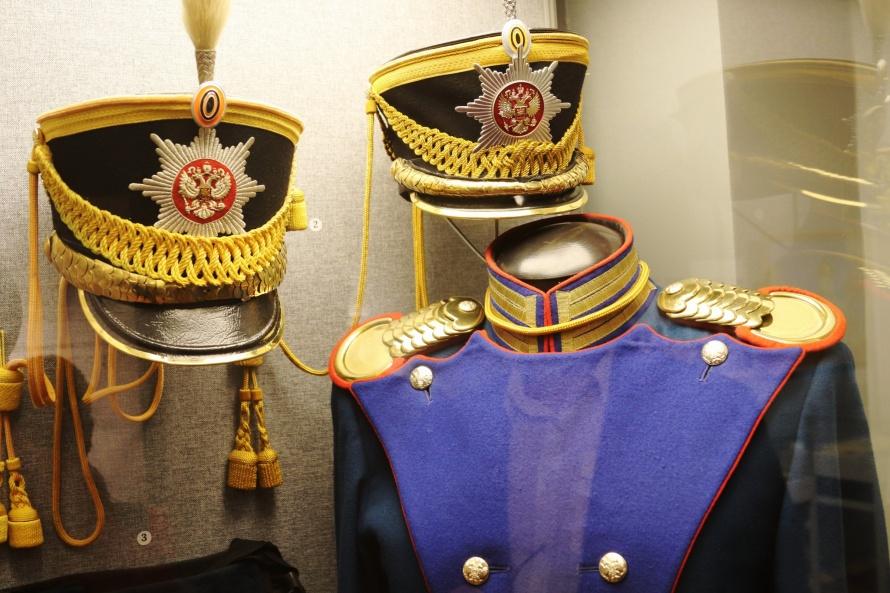Современная форма  Президентского полка (1).jpg