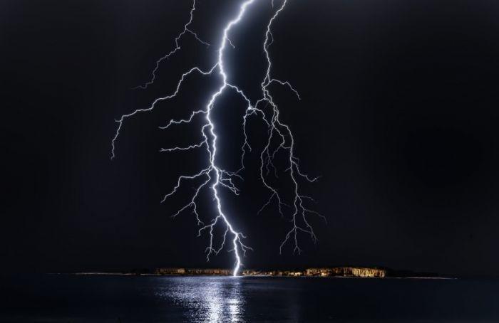 ВМЧС предупредили оштормовом ветре игрозе 22июля