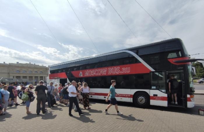 Петербургские туристы застряли подороге вКрым