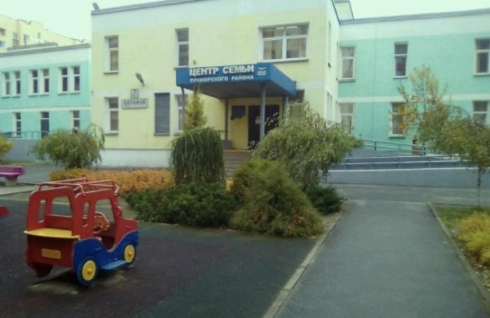 НаБеговой открыли детскую площадку после пандемии