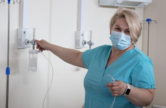 Петербургу нехватает врачей имладшего медперсонала