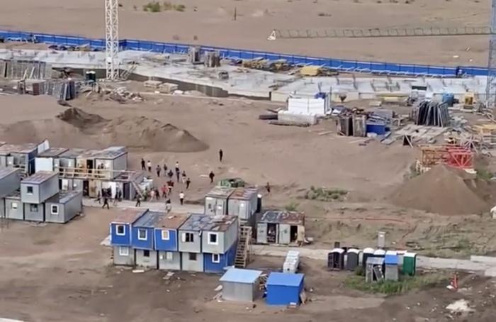 НаВасильевском острове полиция распугала мигрантов