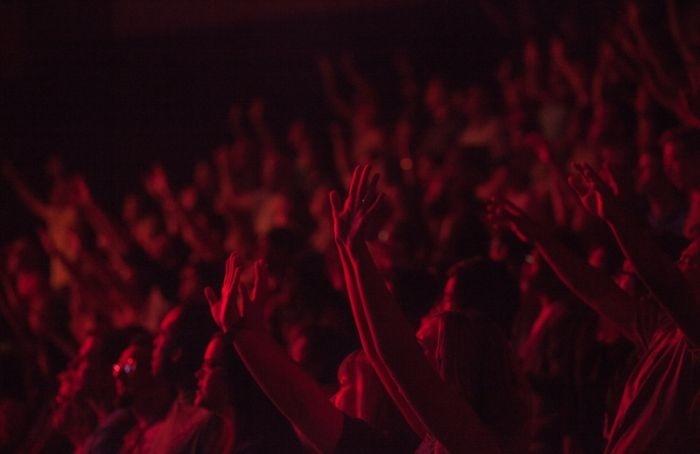 Смольный начал проверку информации о«подпольном» концерте группы «Алиса»