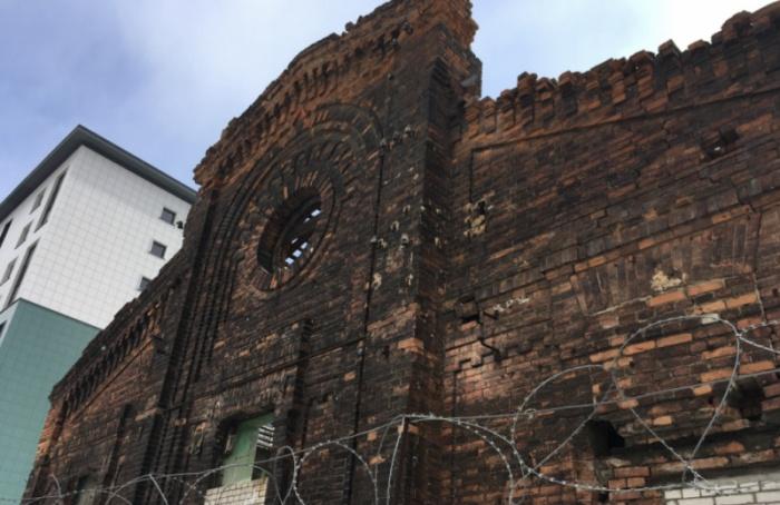 КГИОП через суд защищает пакгауз Варшавского вокзала