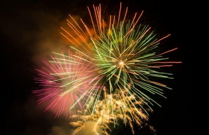 Фейерверк завершит празднование Дня ВМФ