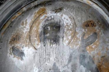 При реставрации церкви Смольного монастыря обнаружили лик Богородицы