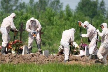 Засутки откоронавируса скончались 102 жителя Петербурга