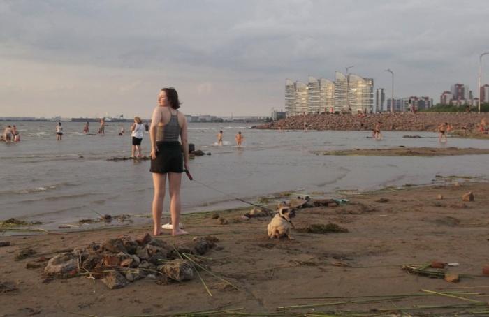 Экологи: наЖемчужном пляже купаться можно!