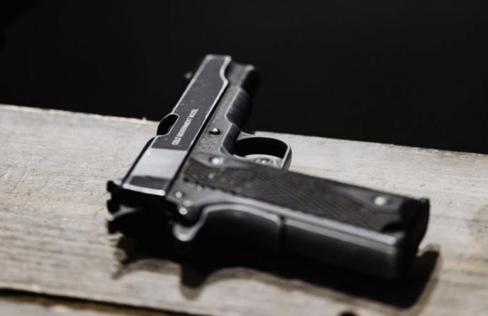 Петербуржца задержали застрельбу впродуктовом магазине