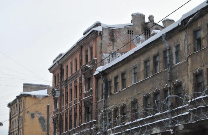 Аварийные дома наТележной улице выкупили для реставрации