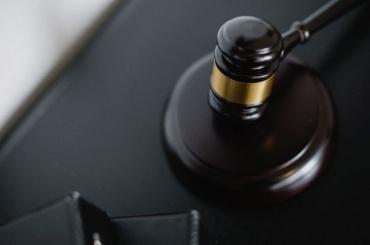 Два брата сбежали иззала суда после объявления приговора вВыборге