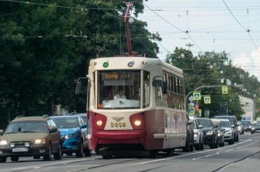 День знаний изменит движение автобусов итрамваев вПетербурге