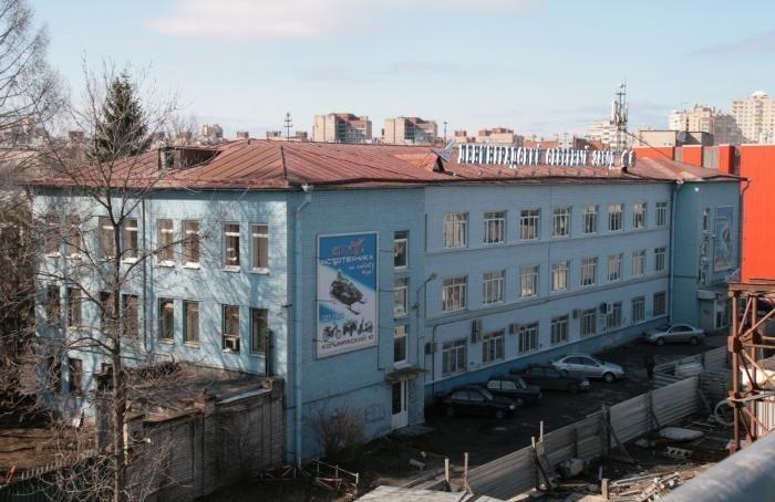УЛенинградского Северного завода загорелась крыша