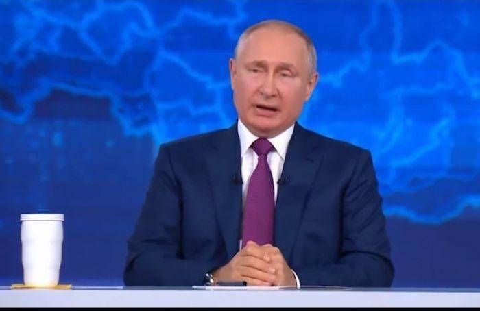 Путин предложил выплатить по15 тысяч рублей военным ипо10 тысяч пенсионерам