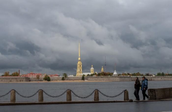 Петербург напериферии циклона