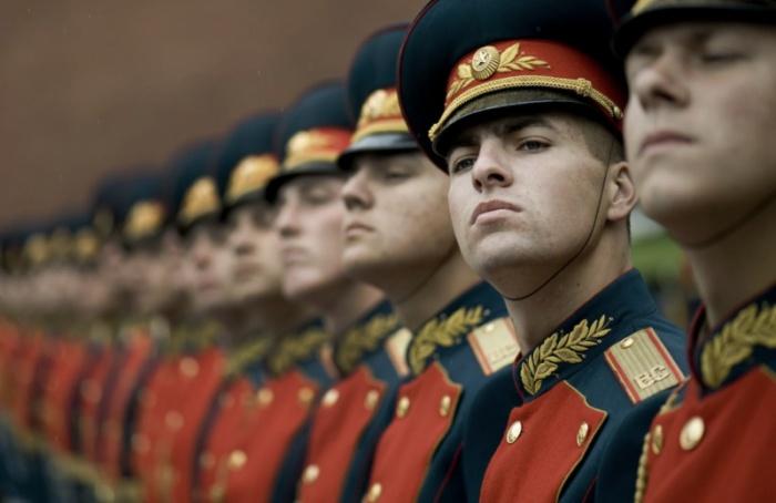 Восенний призыв вармию отправят около 2500 петербуржцев