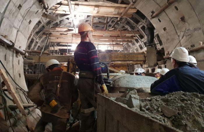 Рабочие «Метростроя» начали менять место работы
