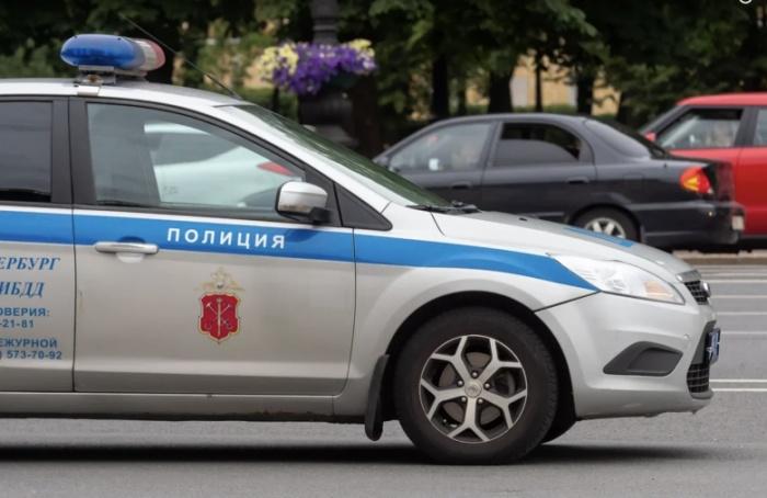 Возбуждено уголовное дело после нападения таксиста напожилую петербурженку