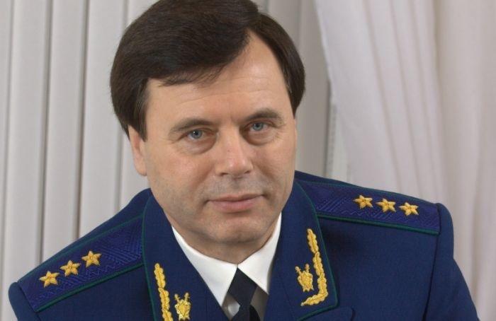 Путин уволил первого заместителя генпрокурораРФ Александра Буксмана
