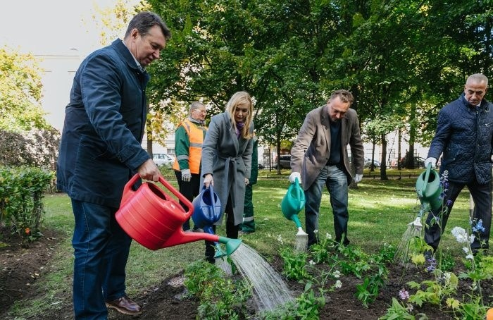«Парад садов»: вПетербурге объявили победителей конкурса цветников