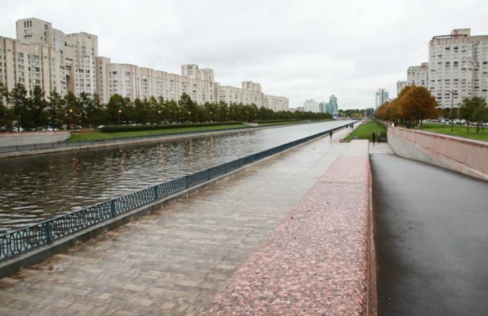 НаВасильевском острове благоустроили Новосмоленскую набережную