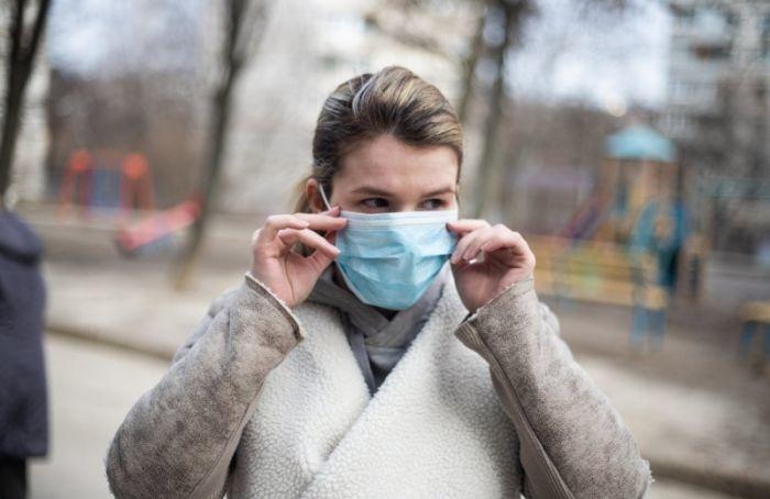 Коэффициент распространения коронавируса вПетербурге превысил норму