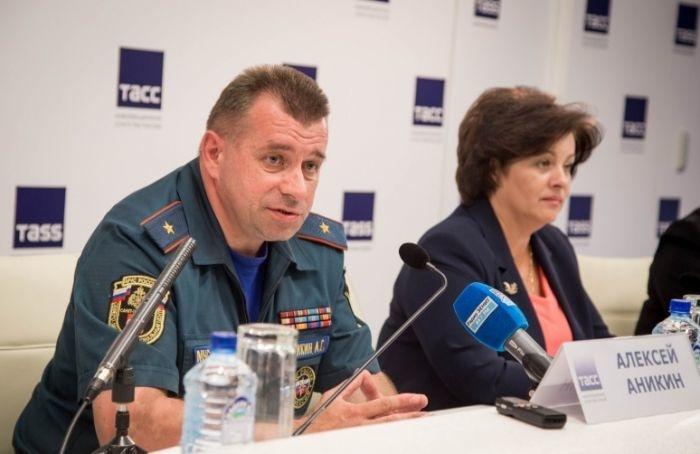 Глава МЧС Петербурга Алексей Аникин отказался отработы вЗакСе