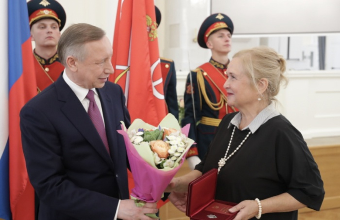 Беглов вручил государственные награды