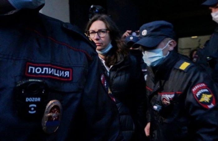 Кандидата вдепутаты ЗакСа Ольгу Галкину задержали уздания горизбиркома