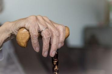 День пожилого человека раз вгоду, апроблемы каждый день