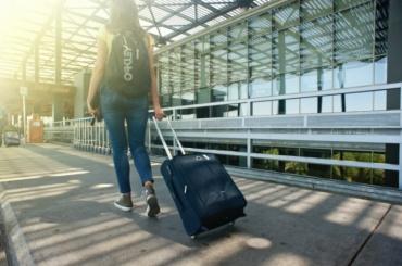 «Пулково» обслужил более 6 млн пассажиров затри летних месяца