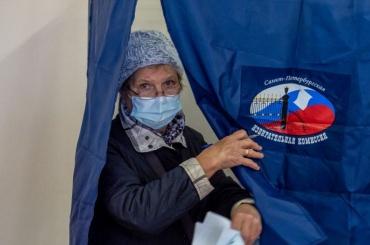 Избирательные участки заработали вПетербурге