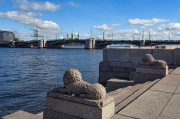 Биржевой мост закроют после 8октября