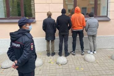 Ирину Фатьянову задержали уизбирательного участка вПетроградском районе