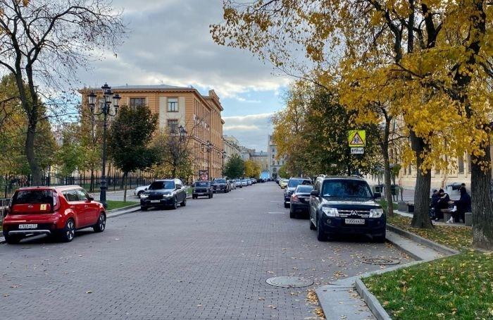 Без пешеходной зоны, носплатной парковкой: что будет сСоляным переулком