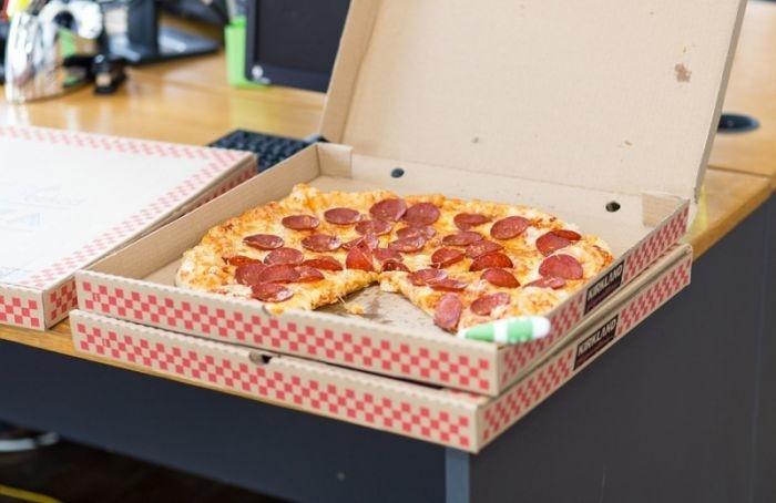 Какие коробки для пиццы бывают