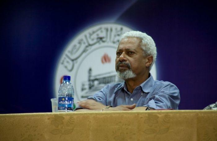 Нобелевскую премию политературе получил танзанийский писатель Абдулразак Гурна