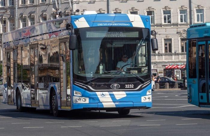 Петербуржцы смогут узнавать обизменениях маршрутов транспорта отчат-бота