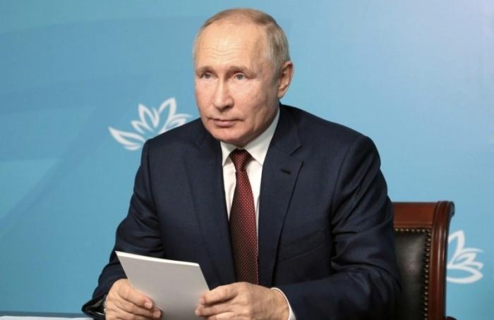 Путин приедет наженский форум вПетербург