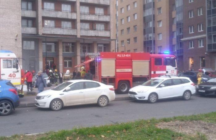 Утром вПетербурге загорелся балкон студенческого общежития