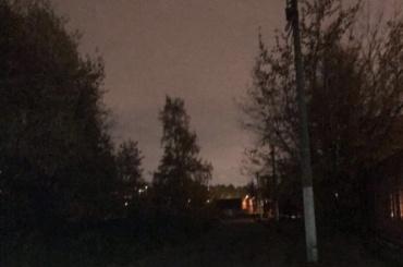 Петербуржцы обратили внимание наотсутствие освещения недалеко отпарка Политехнического института