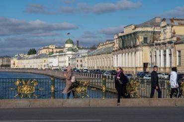 45% петербуржцев устраивает ихместо работы