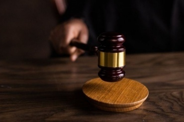 Суд несмягчил приговор петербуржцу, напавшему насотрудников ГИБДД