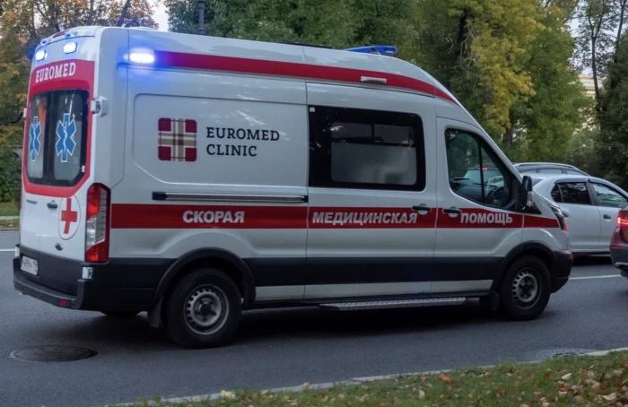 Автомобиль сКсенией Собчак попал ваварию вСочи