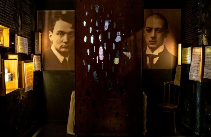 Лагерный гонт стал частью экспозиции квартиры Льва Гумилева